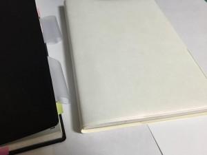 ⑨手帳カバー(白×紫パール)